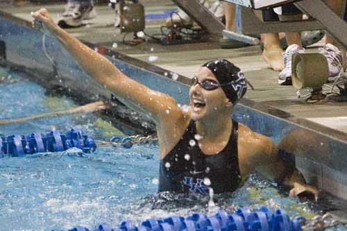kentucky-swimmer-celebration